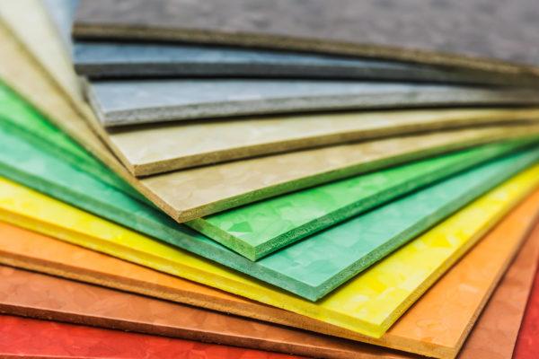 Linoleum in verschiedenen Farben